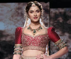 Saiee Manjrekar looks like a royal princess as she showcases 'Pride of Pashmina' at Lakme Fashion Week 2020