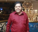 Lollu Sabha Swaminathan Photo