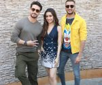 Baaghi 3 Photos: Shraddha Kapoor, Tiger Shroff, Riteiesh Deshmukh goofing around is a hilarious watch