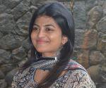 Anandhi Photo