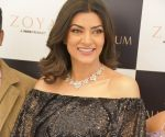 Sushmita Sen's beau and daughters crown her again to celebrate 25 years of Miss Universe !
