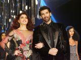 Jacqueline Fernandez and Aditya Roy Kapur Walks Ramp