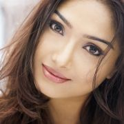 Aishwarya Devan Photo