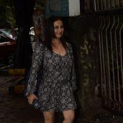 Divya Dutta Photo
