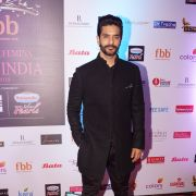 Angad Bedi Photo