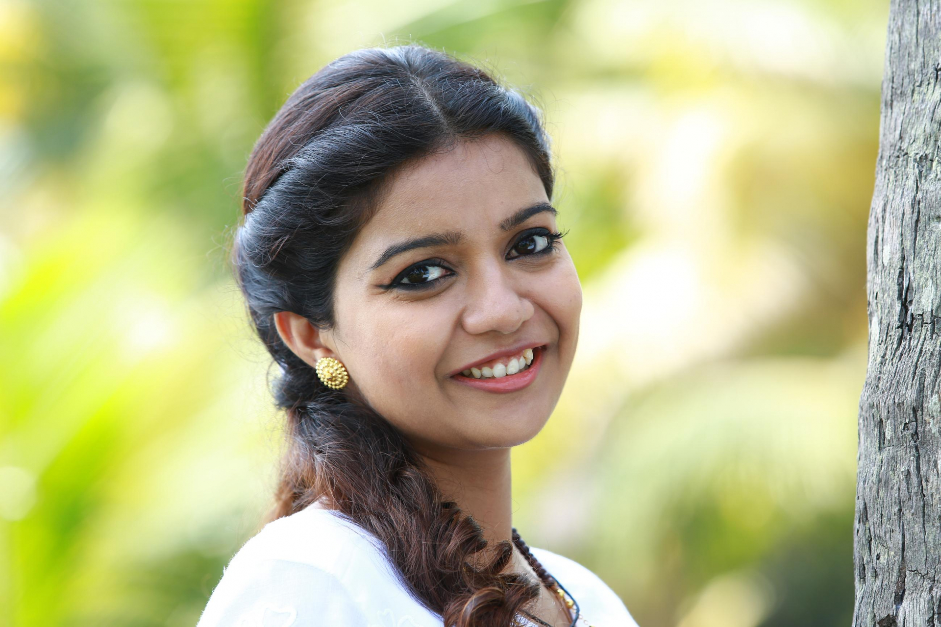 Colors Swathi Cute Saree Photos Swathi Latest Cute Images New