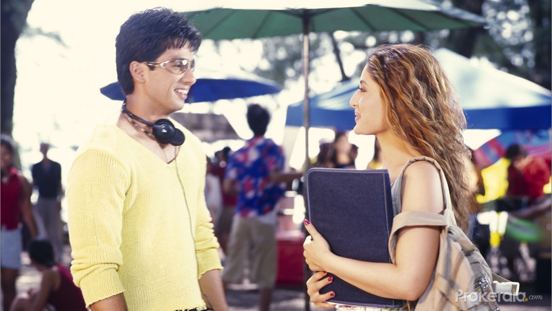 Shahid Kapoor and Kareena Kapoor Still # 8