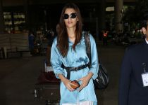 Kriti Sanon Spotted At International Airport