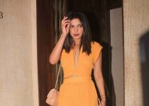 Manish Malhotra's party ay bandra home -pic