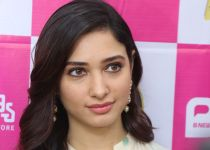 Tamanna launch B New 50th Mobile Store