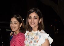 Yami Gautam and sister Surilie spotted at juhu