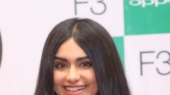 Adah Sharma Inaugurates The First Sale of OPPO F3