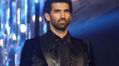 Aditya Roy Kapur Walks Ramp