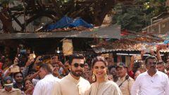 Deepika Padukone and  Ranveer Singh at Sidhdhivinayak temple