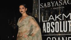 Deepika Padukone @ Lakme Fashion Week Winter Festive 2016