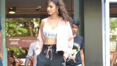 Disha Patani Spotted At Khar