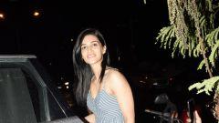 Kriti Sanon spotted at kromakay in juhu