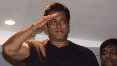 Salman Khan waves out to his fans post his return after getting bail in the poaching case