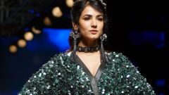 Sonal Chauhan Walks On Ramp For Sonal Verma At LFW Wintwer 2017