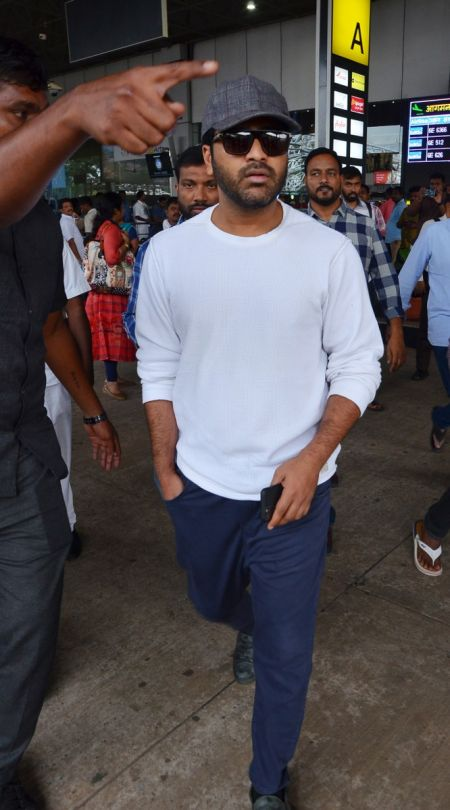 Actor Sharwanand at Vizag Airport for promotion of Movie jaanu