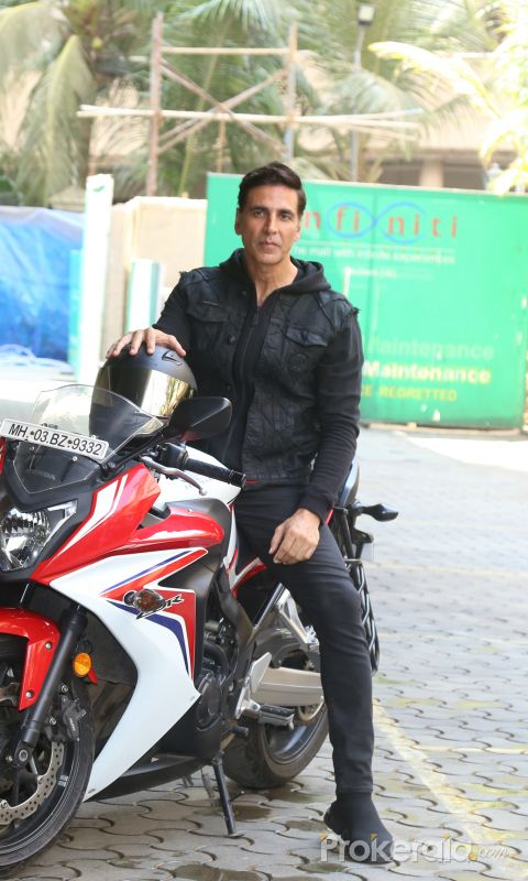 Actor Akshay kumar arrived for trailer launch of film Sooryavanshi at pvr icon in andheri