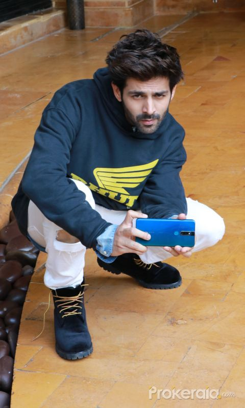 Actor Kartik Aaryan;s Photo From Pati Patni Aur Woh Movie Promotion Event.