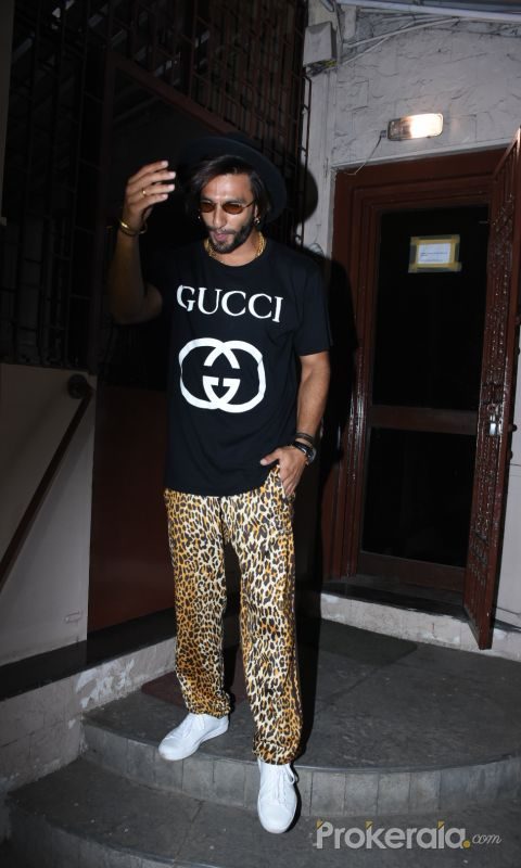 Actor  Ranveer Singh spotted at dubbing studio in bandra