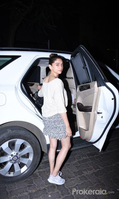 Actress Aditi Rao Hydari visit  izumi hotel bandra