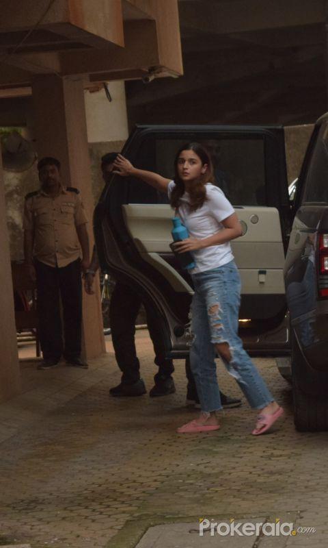 Actress Alia Bhatt seen at  Sanjay Leela Bhansali's office in Juhu.