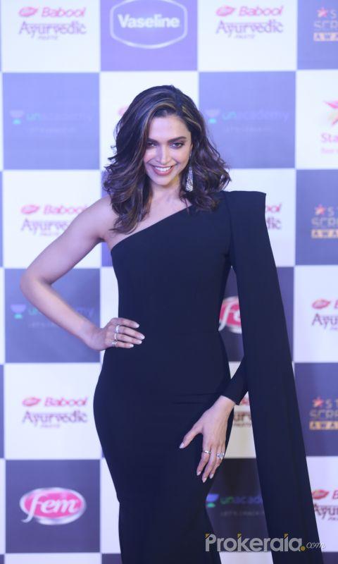 Actress Deepika Padukone in Star Screen Awards at BKC.