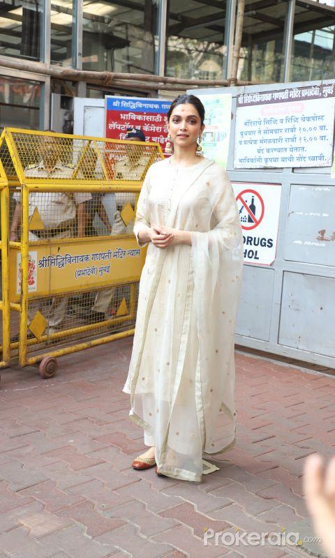 Actress Deepika Padukone Visit Siddhivinayak Temple On Her Chhapaak Release