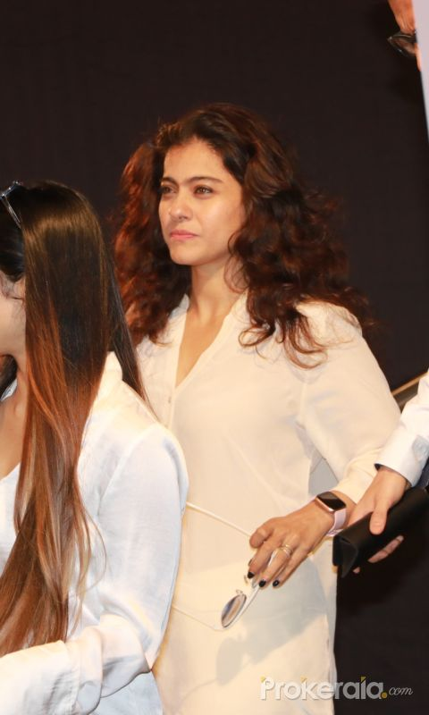 Actress Kajol  Attend Prayers Meet of Shabana Azmi Mom.