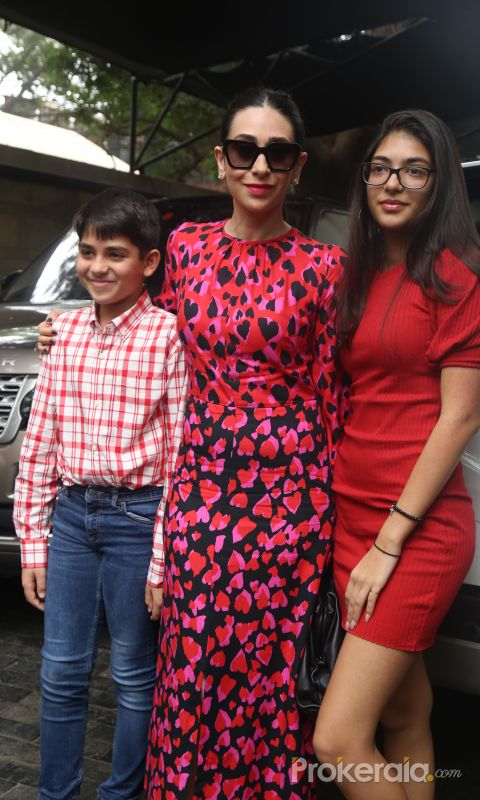 Actress Karisma Kapoor and Childrens in Christmas Family lunch of kapoor family at shashi Kapoor house.