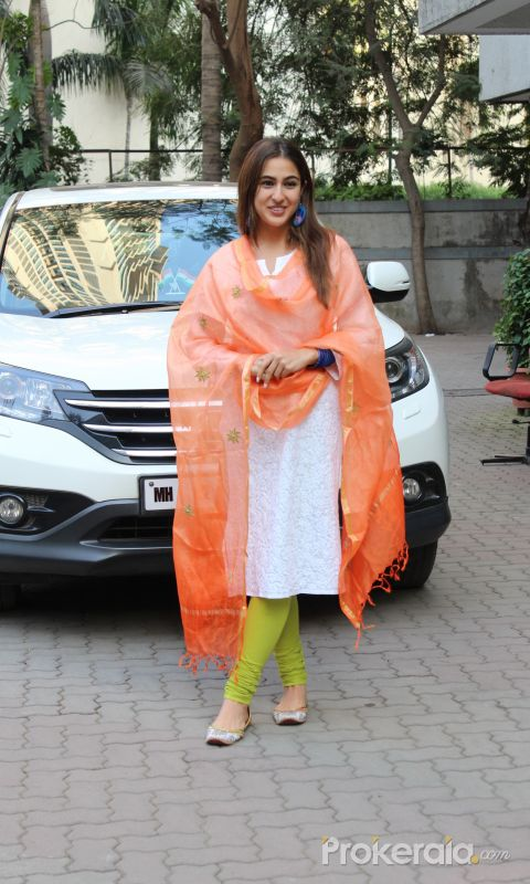 Actress Sara Ali Khan seen at Anand l Rai's office in andheri