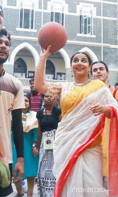 Actress Vidya Balan at Finding Mother the Conference at St Xaviers College