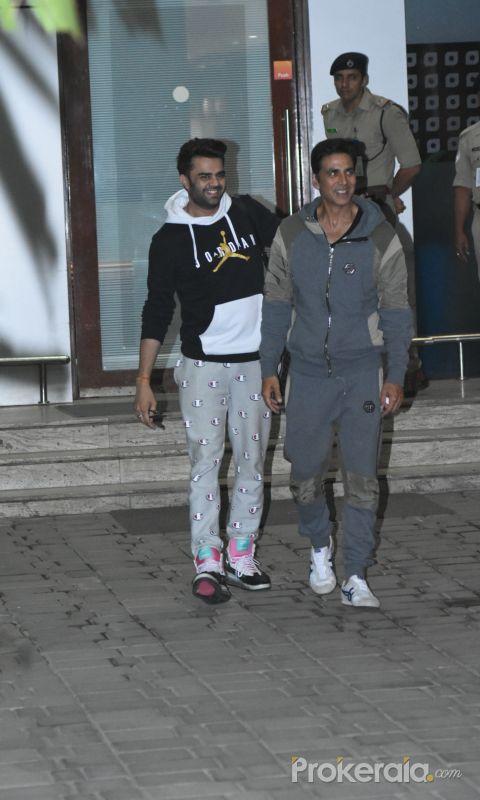 Actor Akshay Kumar snapped at airport in Kalina