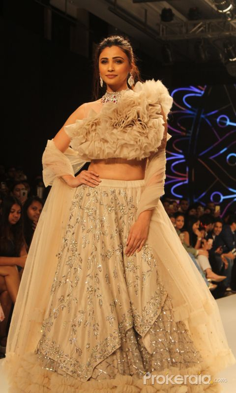 Bombay Times Fashion Week - Daisy Shah walks for Pallavi Goyal