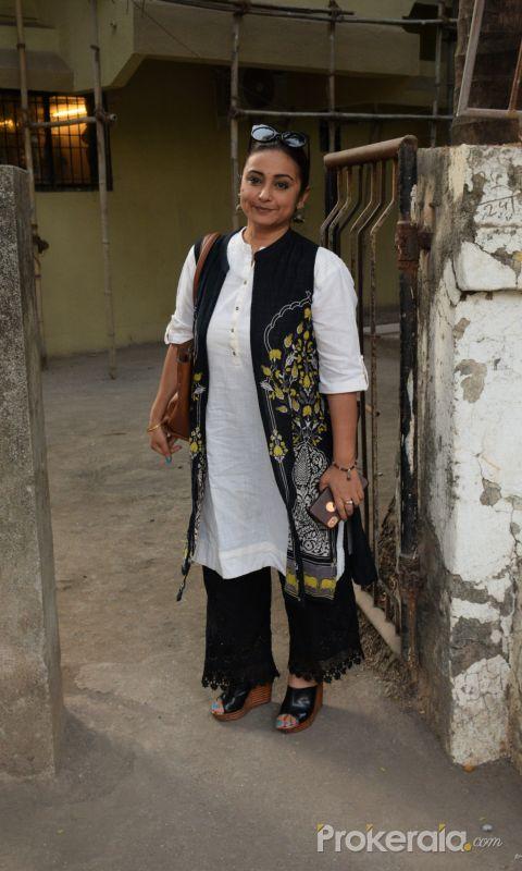 Divya Dutta spotted at kromakay juhu