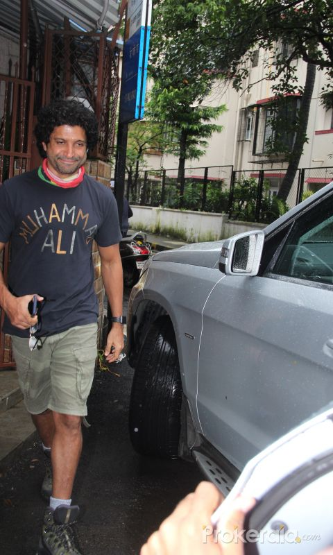 Farhan Akhtar spotted at dubbing studio in bandra