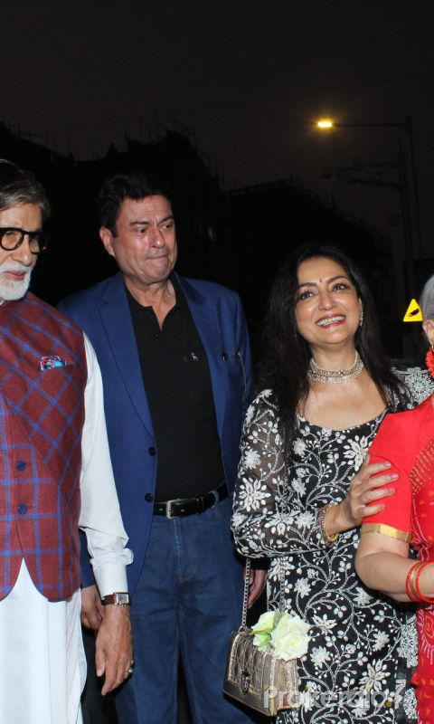 Amitabh Bachchan, Jaya Bachchan at the inauguration of Aditiya Singh's exhibit