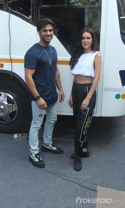 Pulkit Samrat  and Isabelle Kaif Snapped In Madh