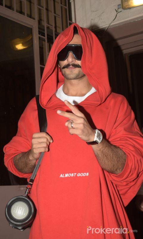Ranveer Singh spotted at Purple Haze recording studio in Bandra