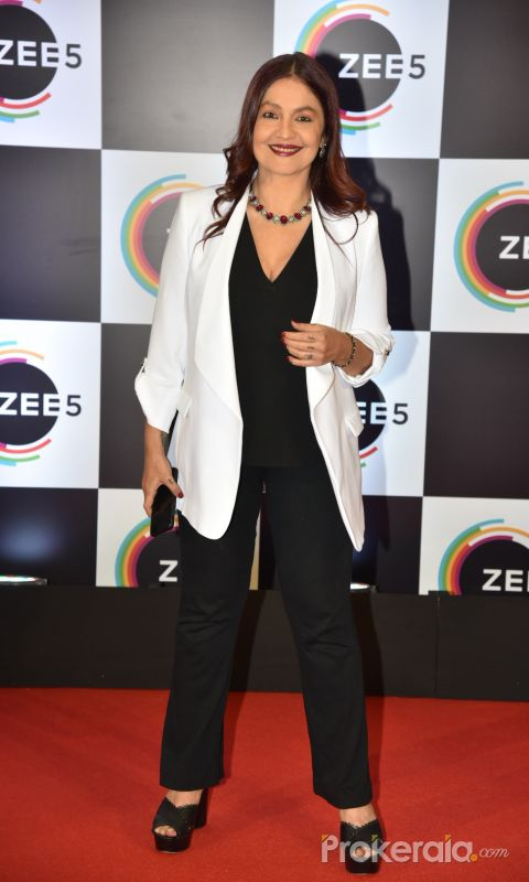 Red Carpet Of 1 Year Anniversary Of Zee