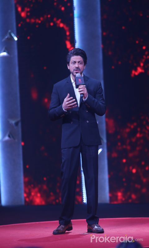 Shahrukh Khan at the press conference of Ted Talks at Reliance studio filmcity goregaon
