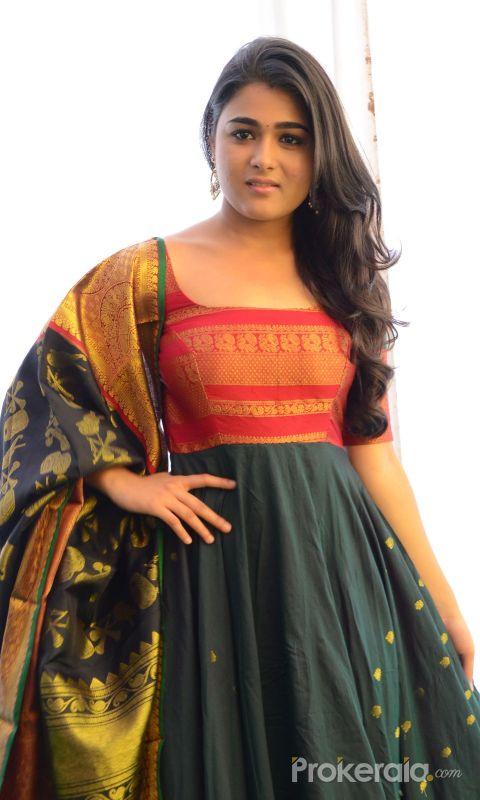 Shalini Pandey new photos