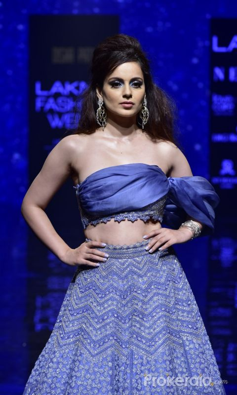 Showstoppers at Lakme Fashion Week - Kangana Ranaut