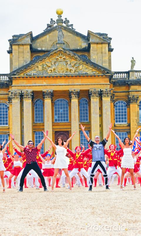 The first song from 'Housefull 4' 'Ek Chumma' is out !