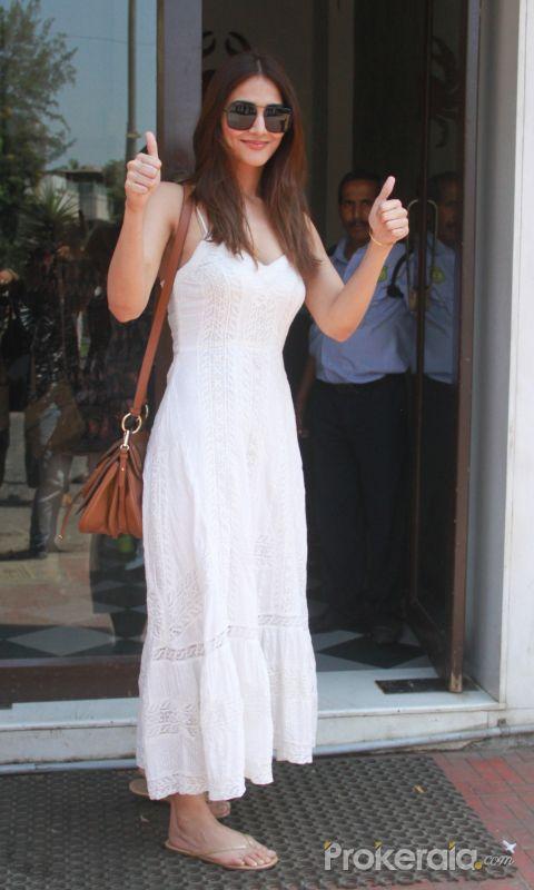 Vaani Kapoor spotted at Bastian restaurant