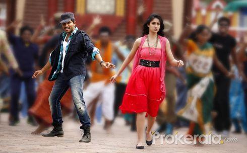 Julayi Telugu Movie Stills - Allu Arjun & Iliana