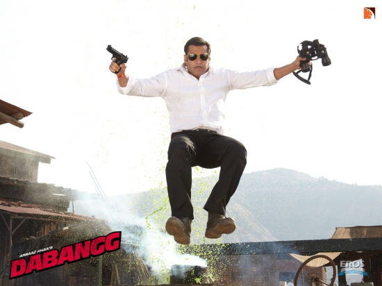 Dabangg Stills - Salman Khan Stills and Wallpapers from Dabangg Movie